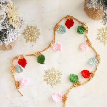 Crochet Christmas Light Garland Free Crochet Pattern by E'Claire Makery