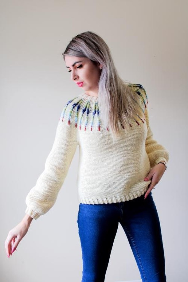 How to Market Yourself to Yarn Companies featuring Coco Crochet Lee: E'Claire Makery Podcast Episode 3