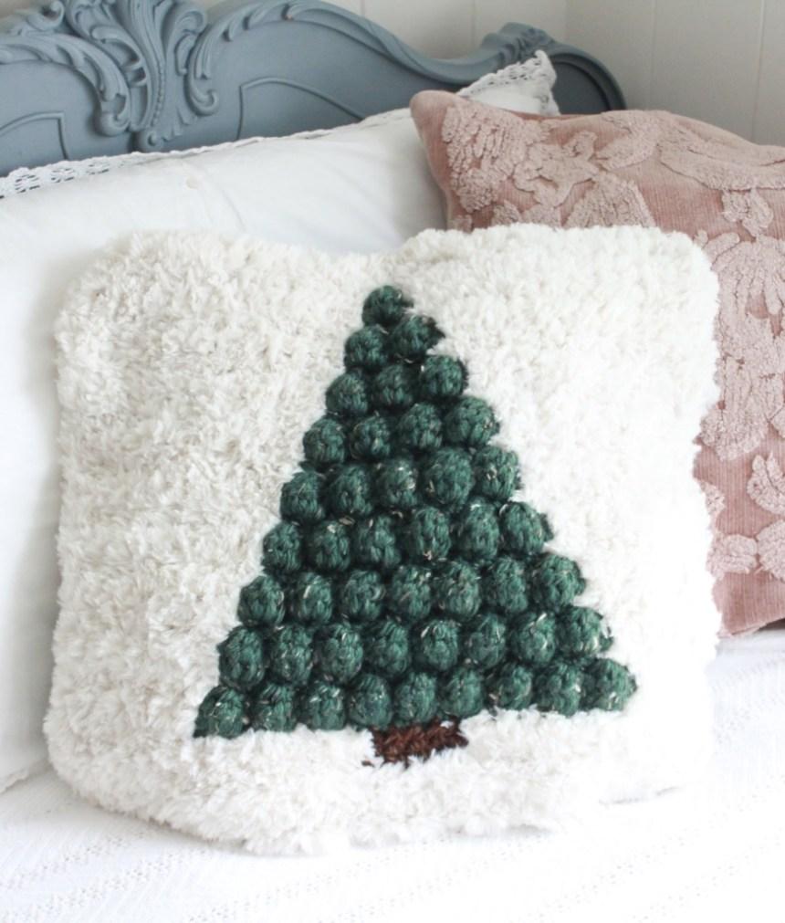 Pinewood Pillow: Free Crochet Pattern