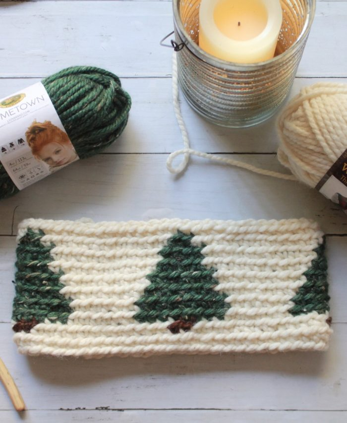 Pinewood Cowl: Free Tapestry Crochet Cowl Pattern