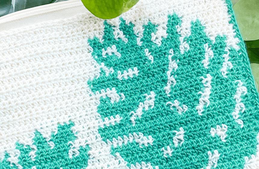 Monstera Clutch: Free Tapestry Crochet Purse Pattern