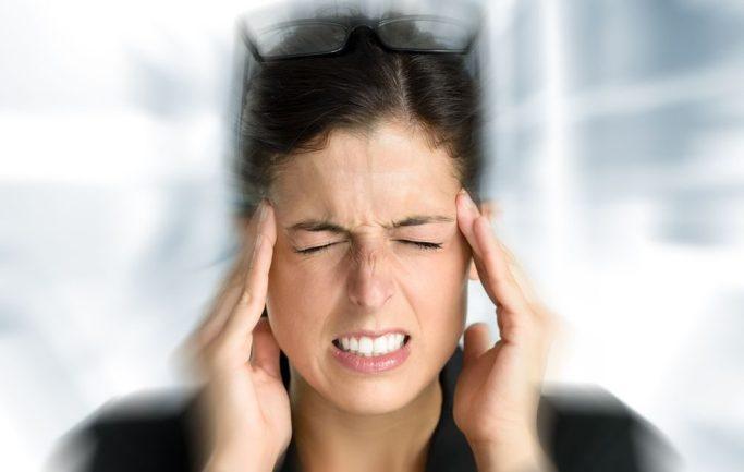 quelle meilleure huile essentielle pour le mal de tête