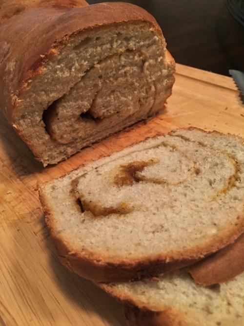 pumpkin-swirl-bread