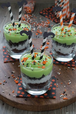 melted-witch-pudding-parfait
