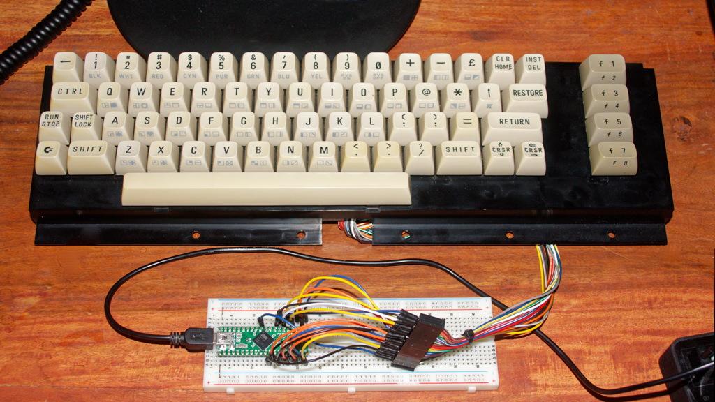 The Commodore 64 Keyboard Arduino {Forum Aden}
