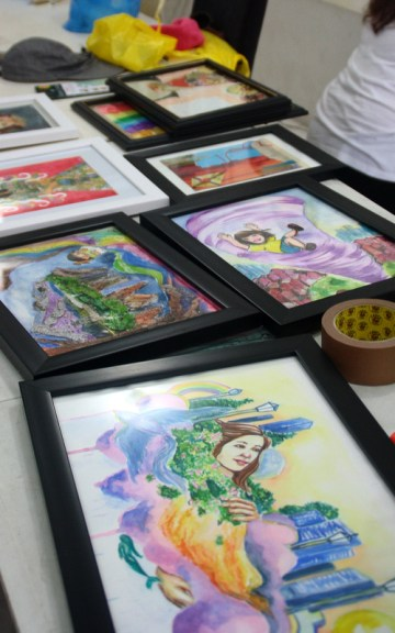 Artworks to be mounted