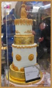 £2,500 cake....yikes