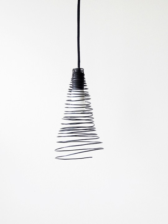 DIY wire lamp shade