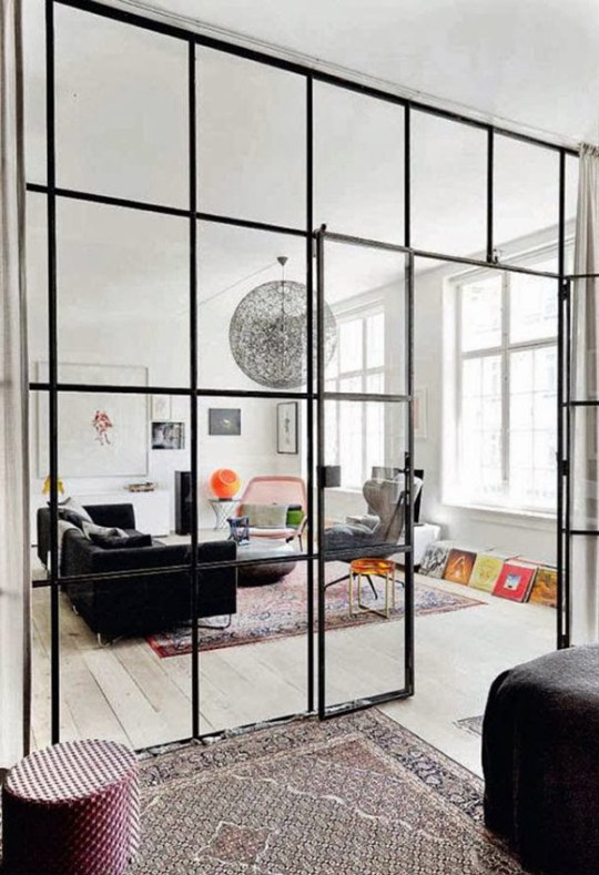 micro trend- black metal framed windows in copenhagen-2