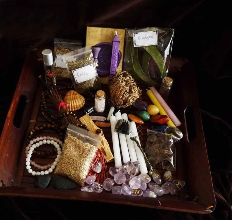 Cute witch products available on Etsy! Jewelry, beginner witch boxes, cloth pads, and craft supplies for witches. Witchcraft supplies, beautiful hair pins, pagan charms, witch's bells, cloth pads for zero waste witches, and more. #witch #witchcraft #etsy #pagan #wicca