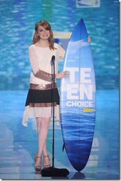 TEEN CHOICE 2011:  Emma Stone presents at the TEEN CHOICE 2011 at the Gibson Amphitheater, Universal City, CA.  TEEN CHOICE 2011 airs Sunday, Aug.7  (8:00-10:00 PM ET/PT) on FOX.