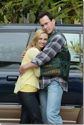 WILFRED: Episode 11: Resentment (Airs Thursday, September 13, 10:00 pm e/p). Pictured: L-R: Fiona Gubelmann as Jenna, Chris Klein as Drew. CR: Michael Becker/FX