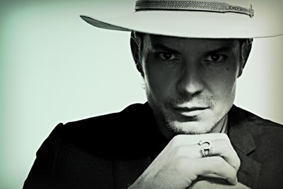 JUSTIFIED -- (Season Premiere, Tuesday, January 8, 10:00 pm e/p) -- Pictured: Timothy Olyphant as Deputy U.S. Marshal Raylan Givens -- CR: James Minchin/FX