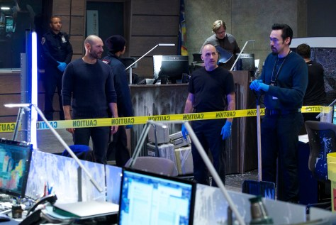 """THE STRAIN -- """"Gone But Not Forgotten"""" -- Episode 304 -- (Airs Sunday, September 18, 10:00 pm e/p) Pictured: (l-r) Corey Stoll as Ephraim Goodweather, Pailino Nunes as Victor Kowalski. CR: Michael Gibson/FX"""