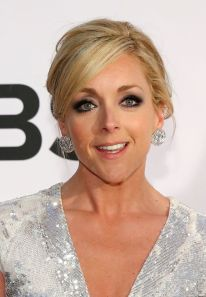 jane krakowski and chris diamantopoulos join cast of a christmas story live