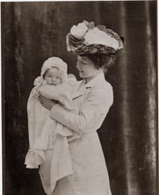 Third wife, Harriet with their daughter Anne Mari