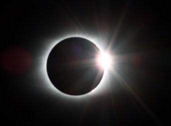 eclipse-2695630