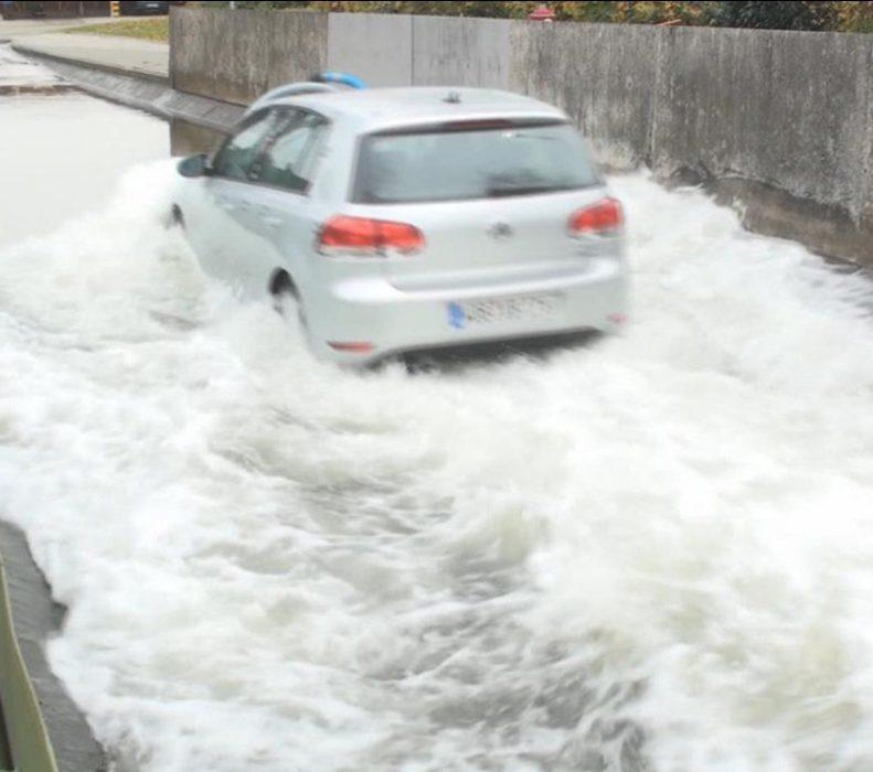 Figure2: Experiment of deep water crossing, cooperation with Volkswagen.