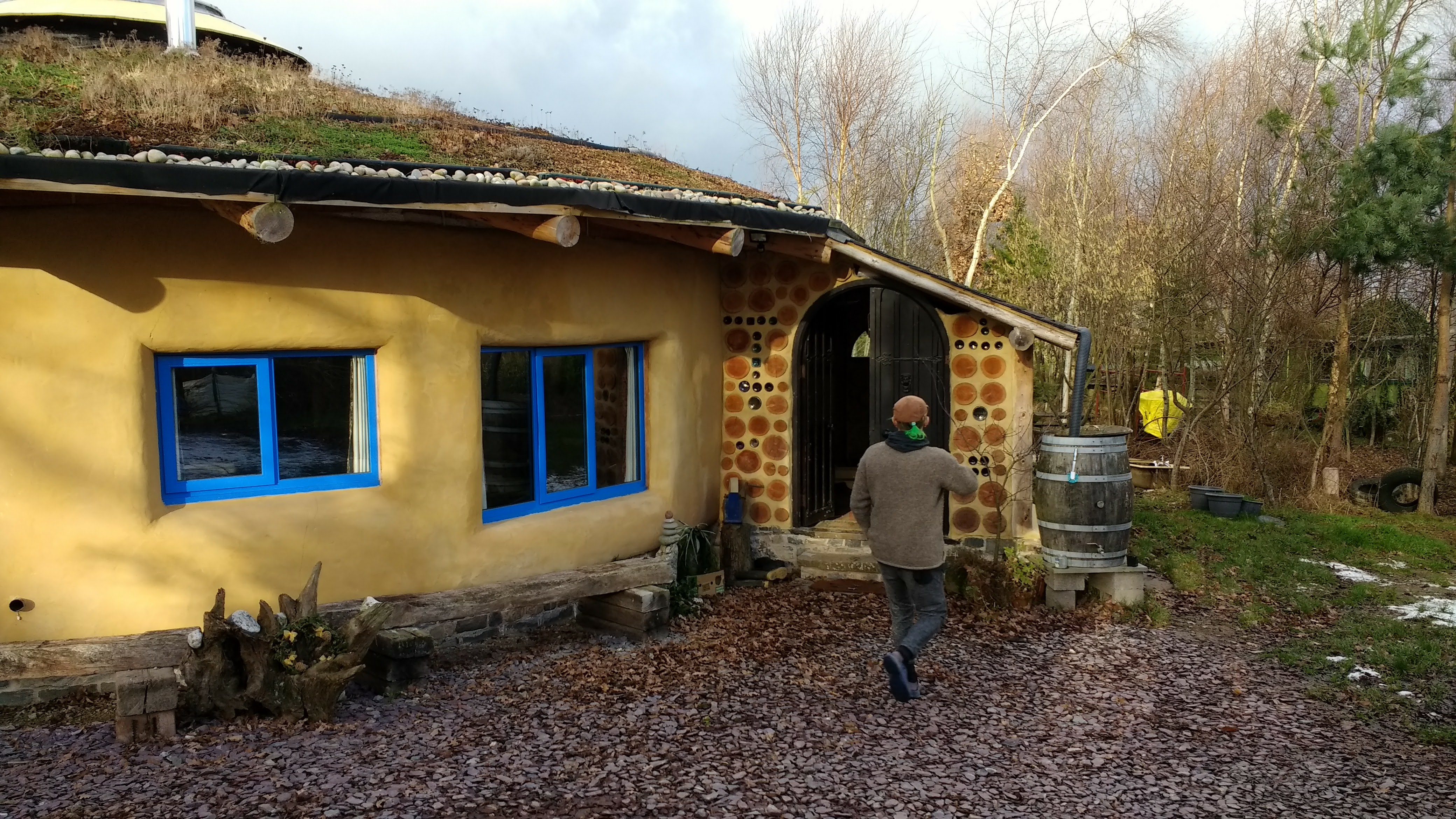 Eco-Loo compost toilet in a strawbale roundhouse