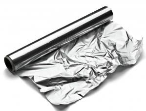 Dali je sigurno koristiti aluminijsku foliju pri kuhanju i u domaćinstvu