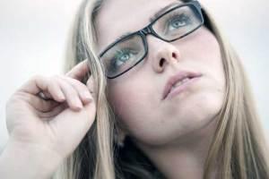 5-znakova-manjka-nutrijenata-vidljivih-na-vašem-licu