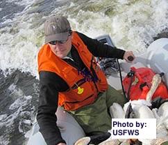Former Graduate Julian Fischer Won 2014 Science Leadership Award from USFWS