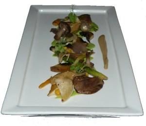 Cogumelos, béchamel de salsa e cebolas