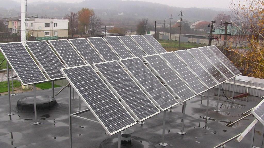 Сонячна електростанція у Харківській області