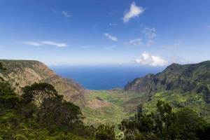 Hiking in Kauai and Escaping Rainstorms in Oahu