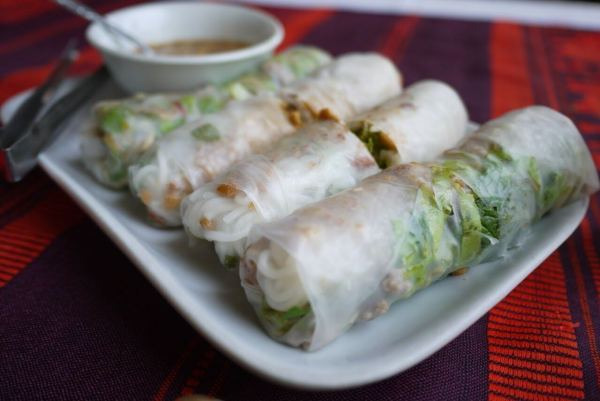 Fresh Springrolls served by the foot stalls near the night market