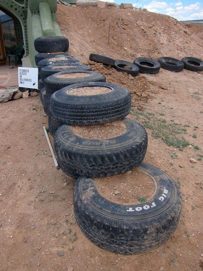 Tire_Bricks_(5751089164)