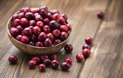 Eats_Cranberries