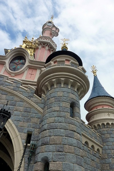 Euro Disney to Heat Paris Park By Capturing Computer Heat
