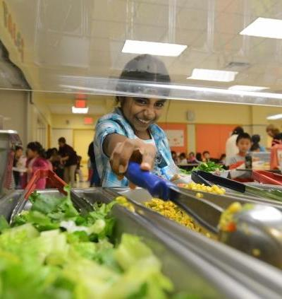 New York public school adopts 100% vegetarian school lunch
