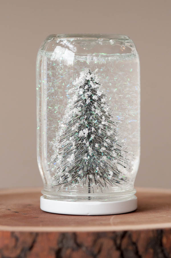 10 eco-friendly Christmas crafts