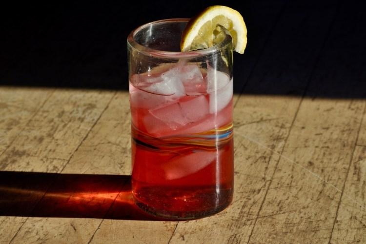Lemon Blackberry Hibiscus Sun Tea