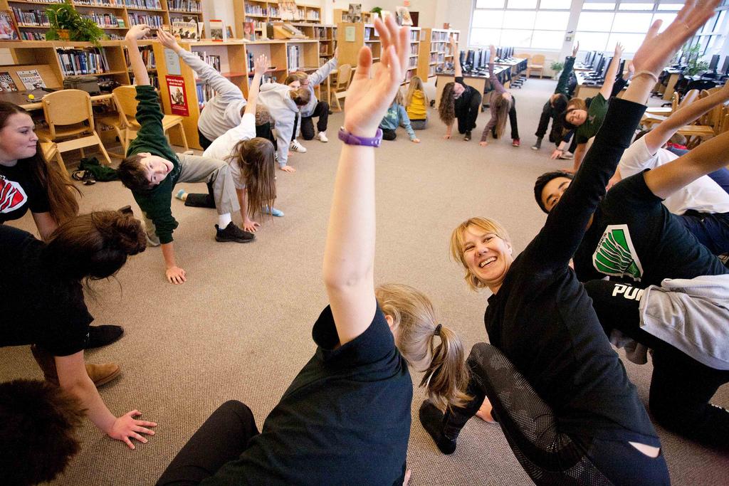 school yoga reduces children's anxiety