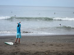 Yoga and surf in Panama