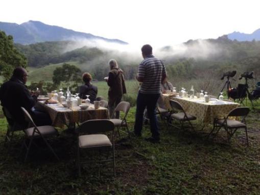 breakfast-at-finca-ceriana