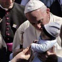 Vaticano: 5 anni con Jorge Bergoglio, Papa rivoluzionario e tenero