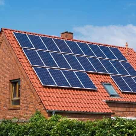 habitat sain avec panneau solaire