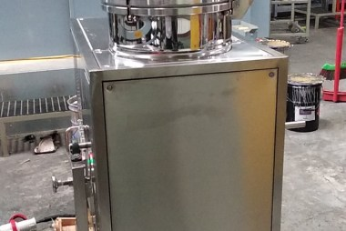 廢溶劑回收機金屬表面處理廢油漆、甲苯二甲苯回收