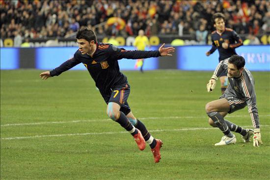 Villa celebra el gol