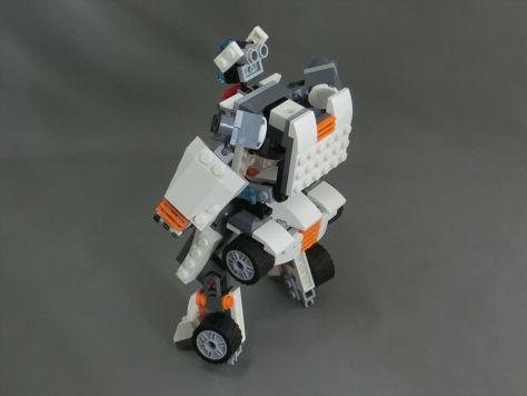 31034_robo2_002