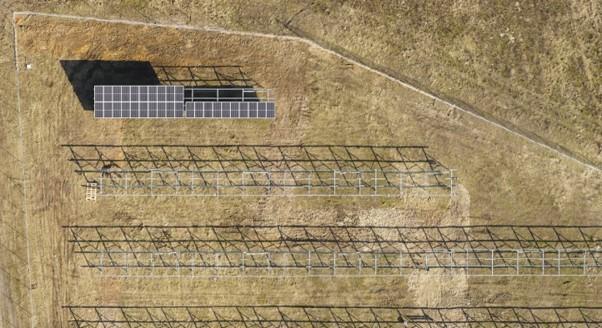 Wsparcie budowy na farmie fotowoltaicznej w Brudzewie