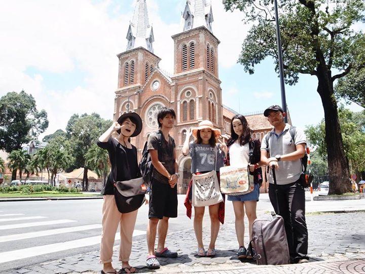 村おこしボランティア【ベトナム ダサ村コース】で訪れたホーチミンの歴史あるカテドラル