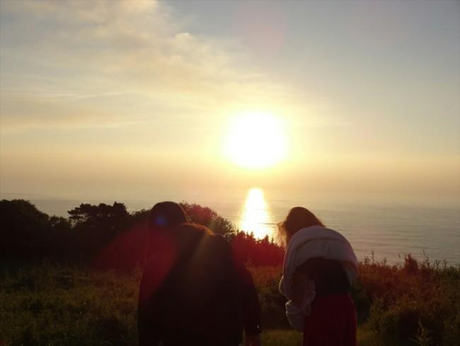 すみかさんとみた東山からの朝陽