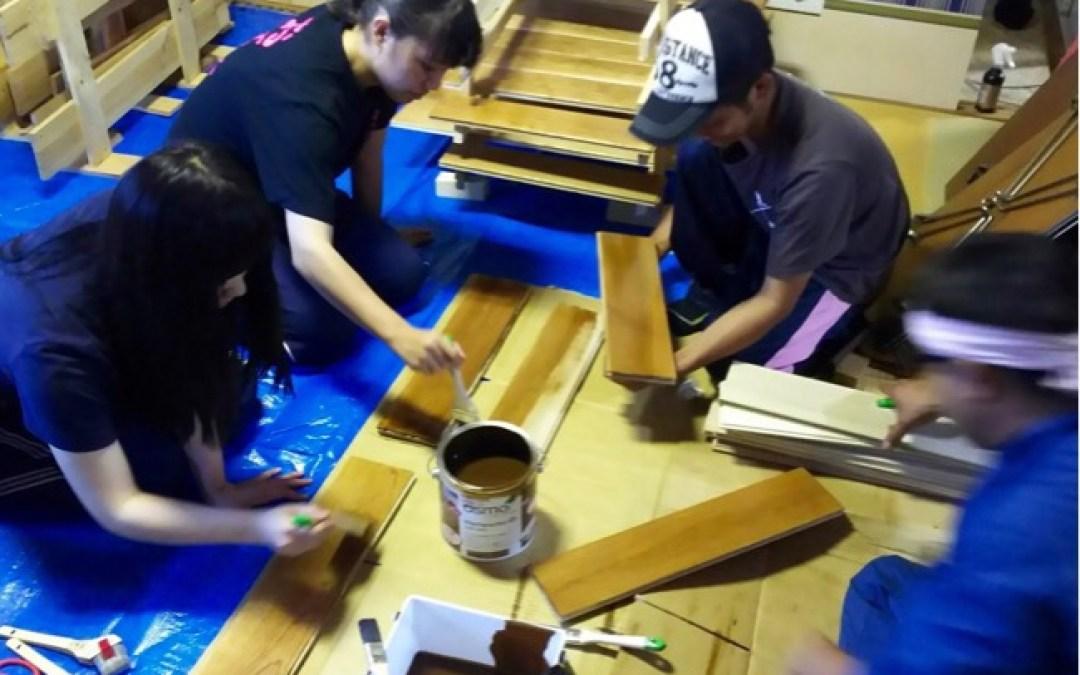 ウニ漁のお手伝いと床はりの準備