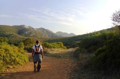 Caminando hacia el mas de Mata-redona