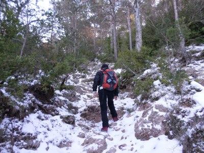 PRC 82 ascendiendo la Roca del Catlnell